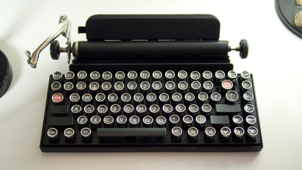 Qwerkywriter USB Typewriter – bring a touch of vintage to your modern machine